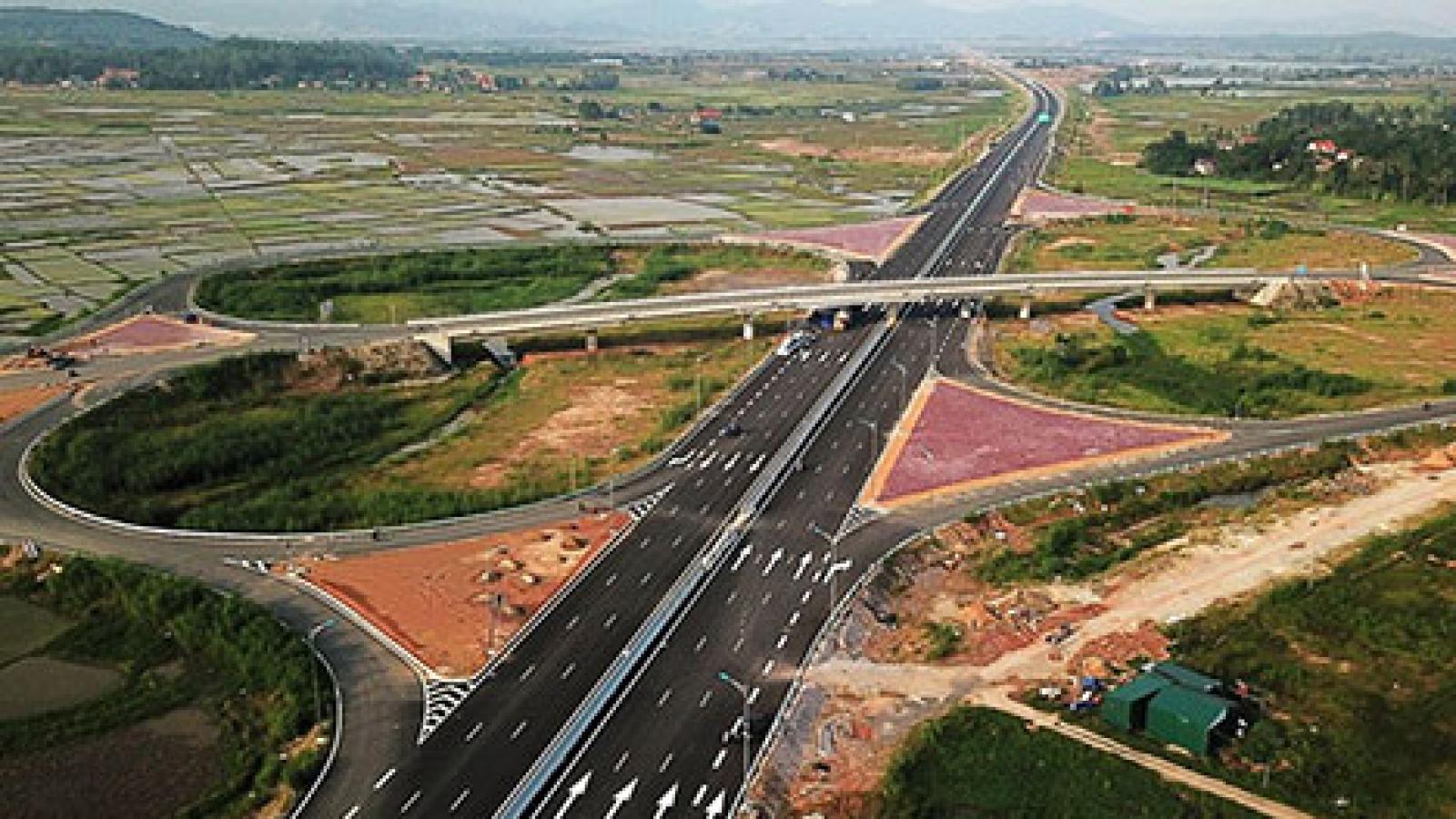 Đầu tư cơ sở hạ tầng góp phần thúc đẩy phát triển kinh tế - xã hội Quảng Ninh